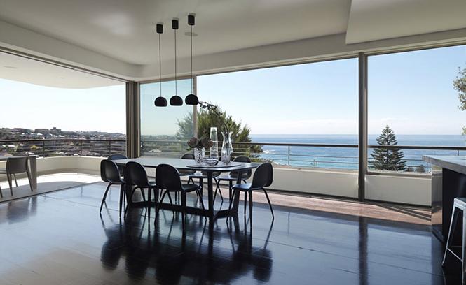 Архитектурная студия Luigi Rosselli выполнила дизайн частного дома Balcony Over Bronte в Сиднее, Австралия.  Частный дом Balcony Over Bronte от студии Luigi Rosselli                       Balcony Over Bronte                   Luigi Rosselli 6