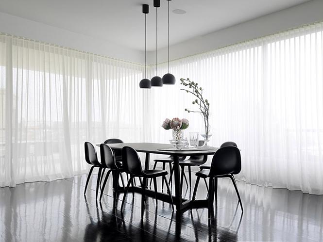 Архитектурная студия Luigi Rosselli выполнила дизайн частного дома Balcony Over Bronte в Сиднее, Австралия.  Частный дом Balcony Over Bronte от студии Luigi Rosselli                       Balcony Over Bronte                   Luigi Rosselli 7