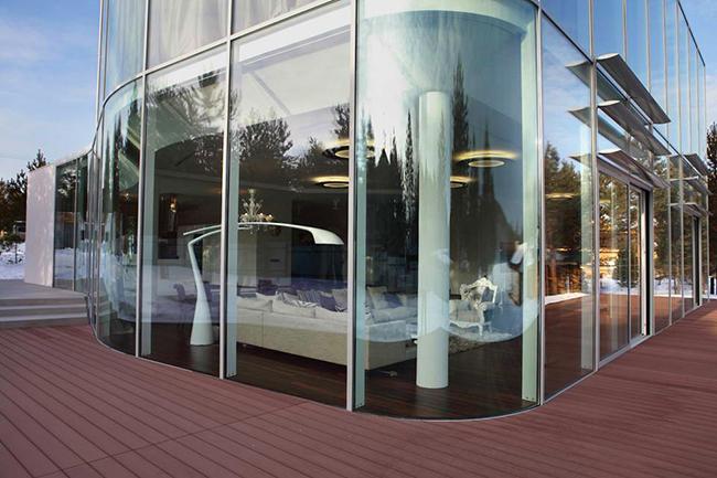 Архитектор Андрей Тигунцев (Andrey Tiguntsev) представил потрясающий проект стеклянный дом.    стеклянный дом в Иркутской области - Андрей Тигунцев                                                                  1
