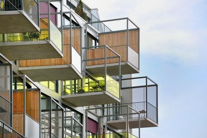 Архитектурное бюро Camenzind Evolution в плотном сотрудничестве со своим клиентом, компанией Swiss Life, создали уникальный проект жилого комплекса на 45 индивидуальных квартир. Основной задачей было разработать квартиры, которые бы обладали индивидуальностью  Жилой Дом с Нескучными Фасадами от Camenzind Evolution                                                                 Camenzind Evolution 21