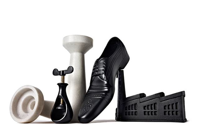 В продолжение темы самых популярных вещей с дизайнерской выставки London Design Festival, стоит отметить коллекцию аксессуаров для дома от уважаемого британского дизайнера Тома Диксона (Tom Dixon).  Том Диксон (Tom Dixon) - тайное дизайн коллекции                     Tom Dixon                       2