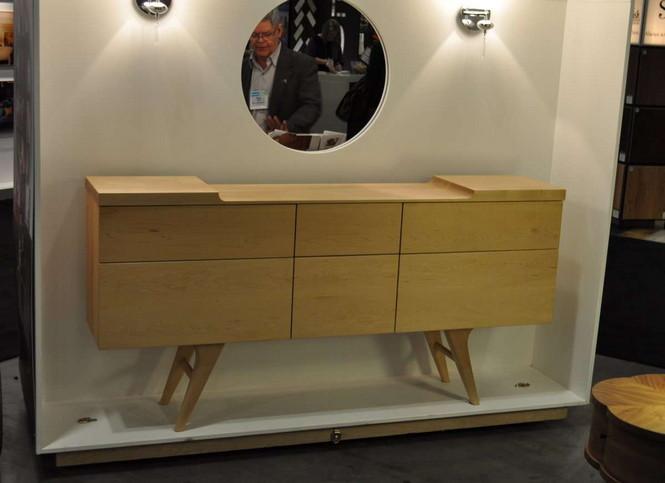 Дизайнер из Канады, Майк Лам, представил коллекции мебели на шоу IDSwest 2012