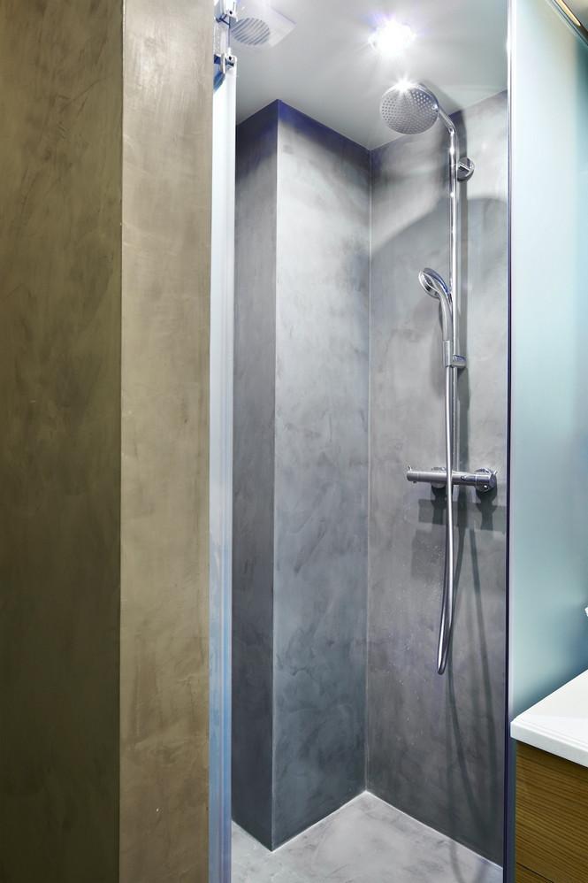 Интерьер данной квартиры в Москве спроектирован и реализован студией Однушечка Площадь резиденции составляет 67 кв.м и рассчитана она на семью из двух человек