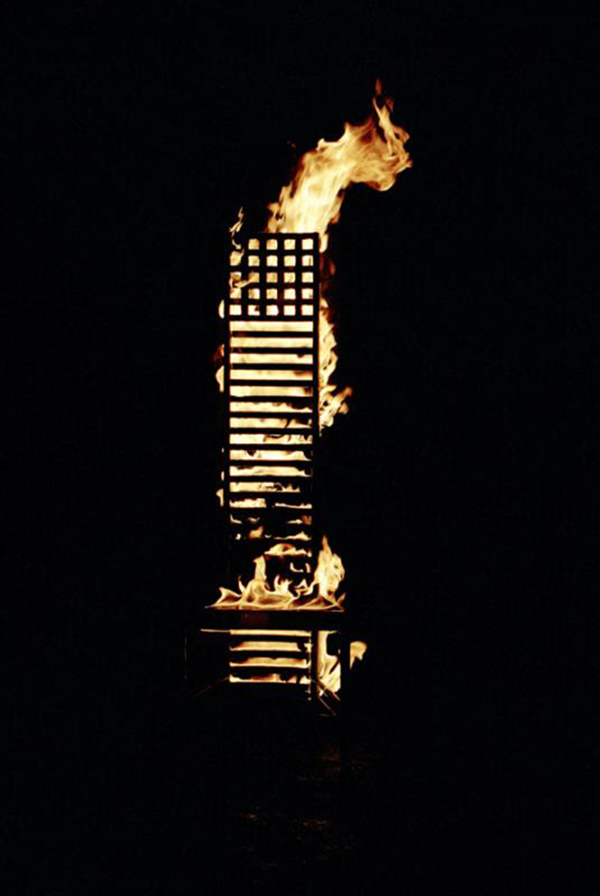 уникальную экспозицию Маартена Бааса в рамках Moscow Design Week 2012, 9-14 октября 2012 г. в выставочном центре ЦДХ. Работы голландского дизайнера