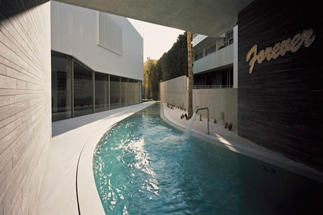 Diversity Architects объединили свои сильные навыки для того, чтобы завершить это выдающееся творение в Psychiko, Афины, Греция.