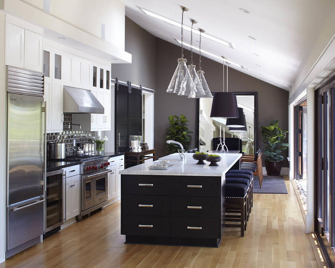 Резиденция Ralston Avenue расположена в Калифорнии и является, пожалуй, самой уютной в мире. Пять спален, открытые зоны отдыха и террасы, бассейн и красивая природа вокруг — все это досталось счастливому обладателю за $4,85 миллиона Самый уютный дом в мире Самый уютный дом в мире за $4,85 миллиона                                                 485                  11
