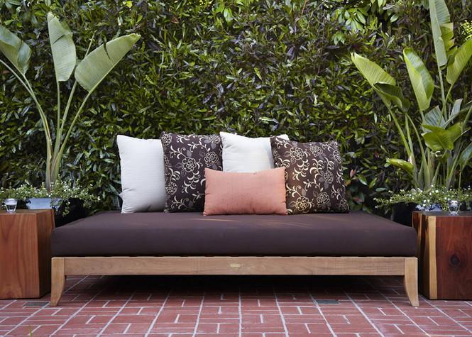 Резиденция Ralston Avenue расположена в Калифорнии и является, пожалуй, самой уютной в мире. Пять спален, открытые зоны отдыха и террасы, бассейн и красивая природа вокруг — все это досталось счастливому обладателю за $4,85 миллиона Самый уютный дом в мире Самый уютный дом в мире за $4,85 миллиона                                                 485                  26