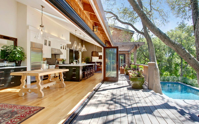 Резиденция Ralston Avenue расположена в Калифорнии и является, пожалуй, самой уютной в мире. Пять спален, открытые зоны отдыха и террасы, бассейн и красивая природа вокруг — все это досталось счастливому обладателю за $4,85 миллиона Самый уютный дом в мире Самый уютный дом в мире за $4,85 миллиона                                                 485                  8