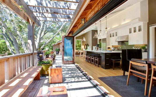 Резиденция Ralston Avenue расположена в Калифорнии и является, пожалуй, самой уютной в мире. Пять спален, открытые зоны отдыха и террасы, бассейн и красивая природа вокруг — все это досталось счастливому обладателю за $4,85 миллиона Самый уютный дом в мире Самый уютный дом в мире за $4,85 миллиона                                                 485                  9