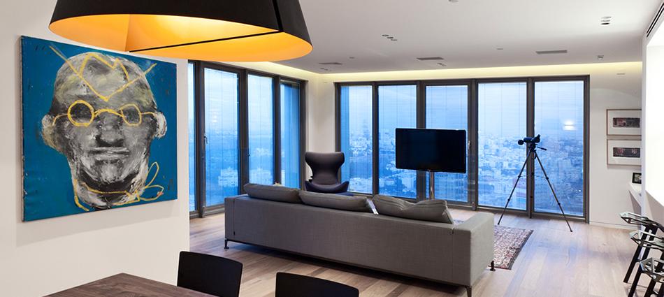 Проектное бюро GammaArc Group представило проект TLV Apartments3 Современные апартаменты площадью 150 кв метров расположены на 22 этаже одной из высоток в Тель-Авиве