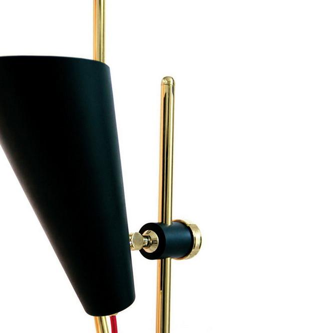 Напольный светильник Evans от эксклюзивного португальского бренда Delightfull — это идея, вдохновлённая 60-ми годами прошлого века.  Напольная лампа от португальского бренда Delightfull                                                                              Delightfull 4