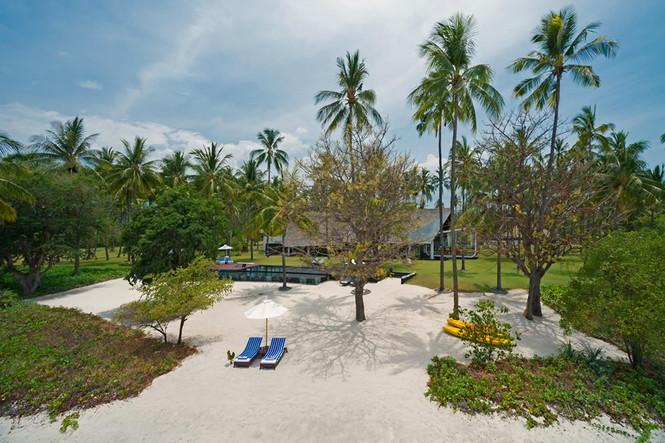 Канадский архитектор Дэвид Ломбарди (David Lombardi) разработал дизайн виллы Sapi, предназначеннной для сдачи в аренду, она расположена на острове Ломбок в Индонезии