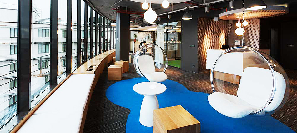 Дизайн интерьера офиса В Контакте в Санкт-Петербурге slider1