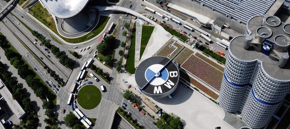 Музей BMW – одна из главных достопримечательностей Мюнхена P0046376