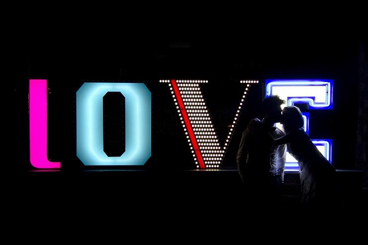 Новинка от португальского бренда Delightfull - композиция LOVE delightfull graphic lamp collection love 03 1