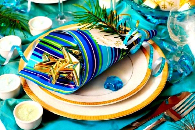 Новогодняя сервировка стола  – создайте праздник в вашем доме! 84b4e61bd9a01d55292832a92b80a288