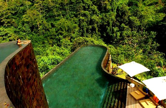 Топ-5 самых красивых и необычных бассейнов мира  Ubud Hanging Gardens