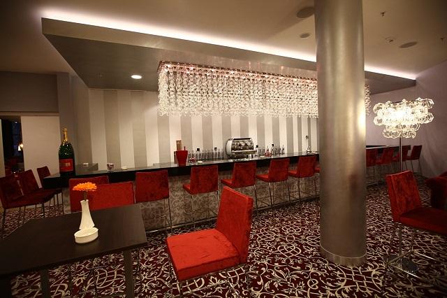 10 лучших отелей России 2013 года – только проверенные места crowne plaza sankt peterburg