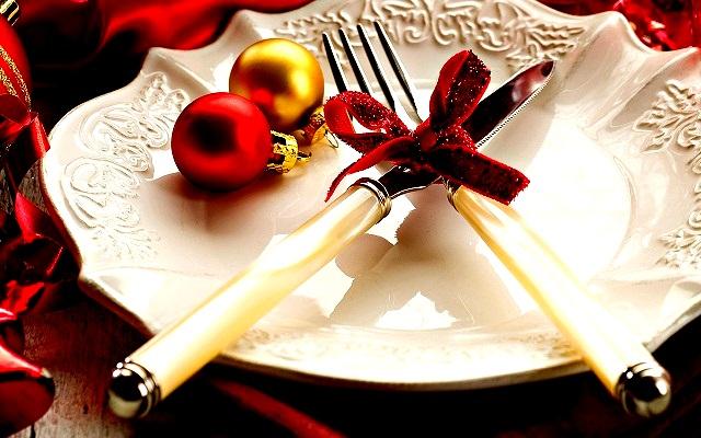 Новогодняя сервировка стола  – создайте праздник в вашем доме! novogodnyaya servirovka stola 1920x1200