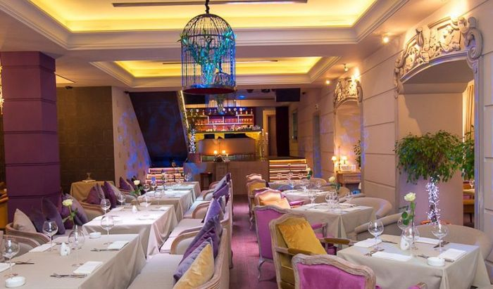 Рестораны_премиум-класса-в-Москве-лучшие-идеи-дизайна-интерьера- Ресторан_Barry White3  5 ресторанов класса премиум в Москве: лучшие идеи дизайна интерьера для дизайнеров и архитекторов                                                                                                                                         Barry White3