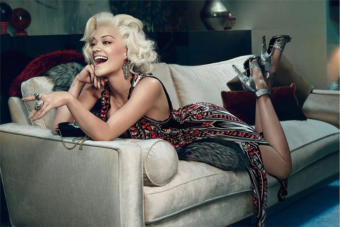 Рекламная кампания Роберто Кавалли с участием звезды Риты Ора                                                                                                                    2