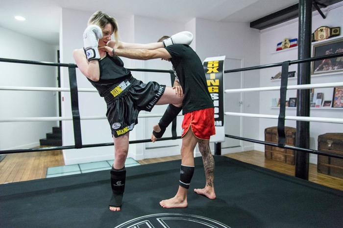 Современный тайский боксерский зал  проект Spray Architecture_09