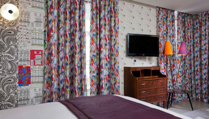 Hotel-Crayon-u-Parizu  Воспоминания о детстве в проекте Джули Готрон для парижского отеля Le Crayon  Hotel Crayon u Parizu