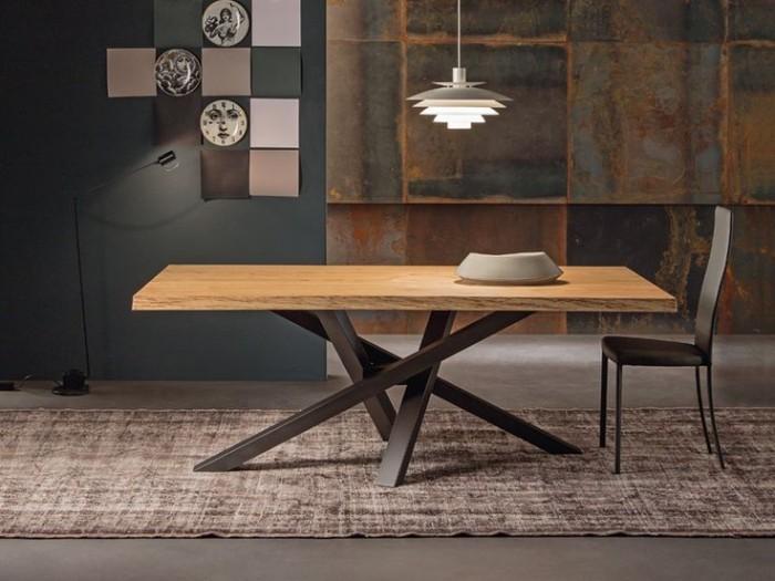 Сильный современный дизайн стола в классической прямоугольной форме  ТОП 20 СОВРЕМЕННЫХ ОБЕДЕННЫХ СТОЛОВ 47 e1458840733967