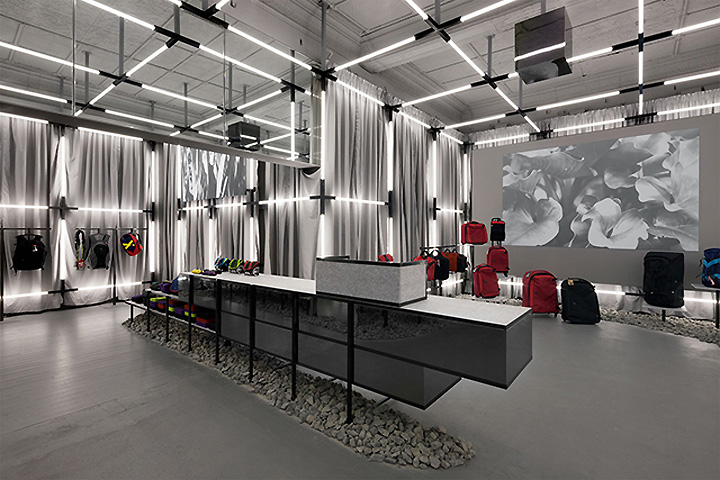 Crumpler-store-by-Ryan-Russell-Melbourne