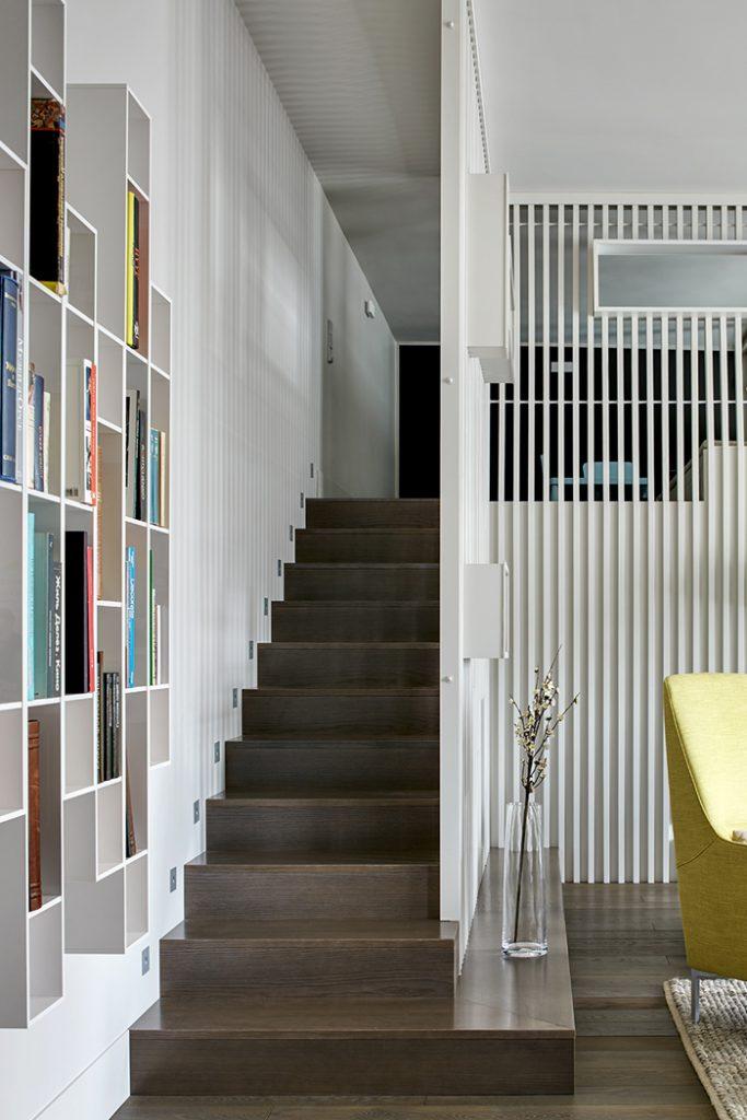Двухэтажные апартаменты проект Мастерской  Двухэтажные апартаменты: проект «Мастерской 17»                                                                                 17 08