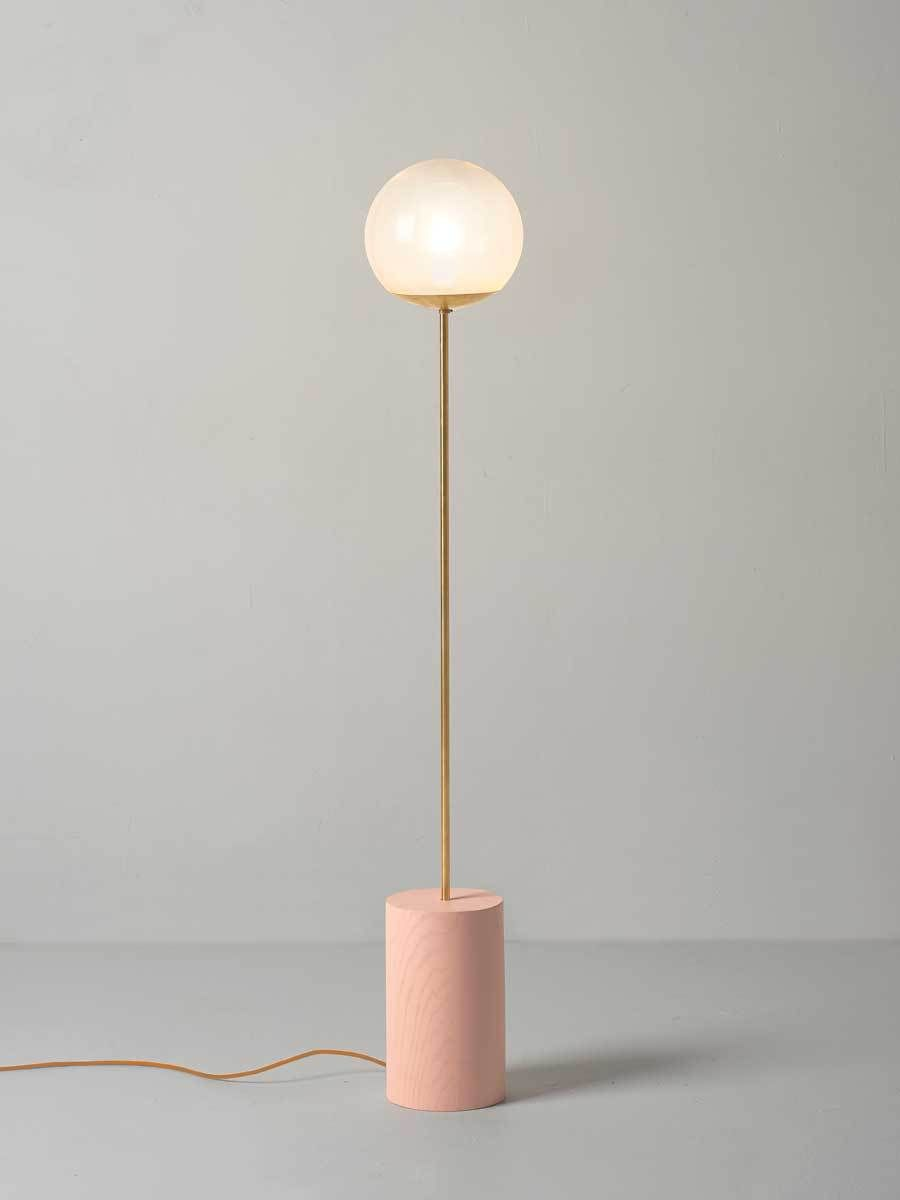дизайнерский свет современных напольных светильников 10 ярких современных напольных светильников для вашего дома 10238e700d5ab9f6b8acf88e11e73470
