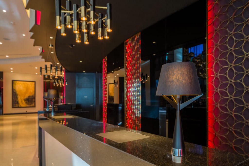 Интерьер гостиницы Hilton Tallinn Park
