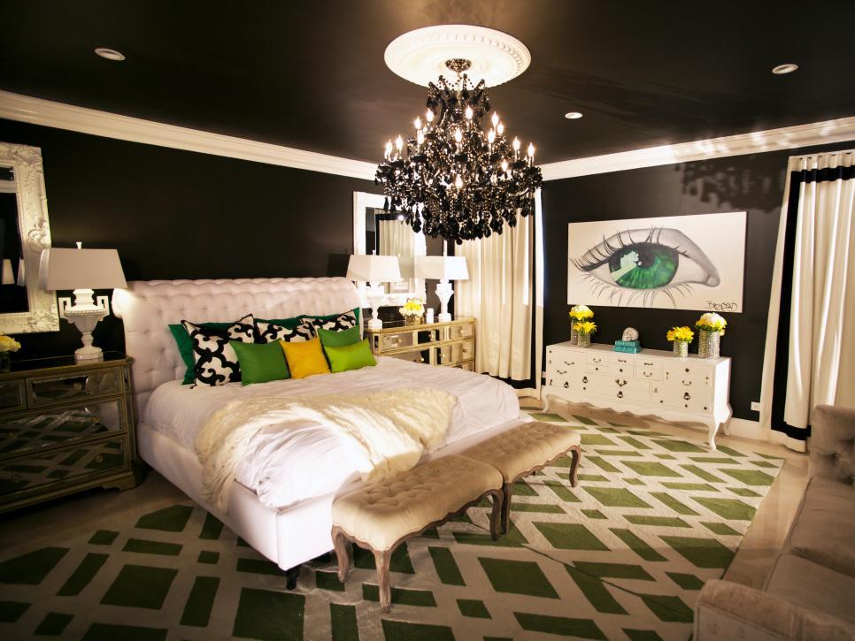 hclrs1011_black-bedroom-2_s4x3-jpg-rend-hgtvcom-966-725