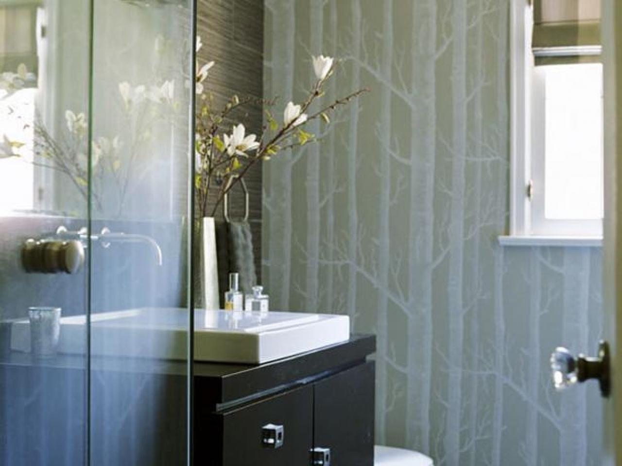 ванная  дизайнерских идей 10 дизайнерских идей, которые наверняка улучшат качество Вашей жизни Nice HGTV Bathroom Remodels