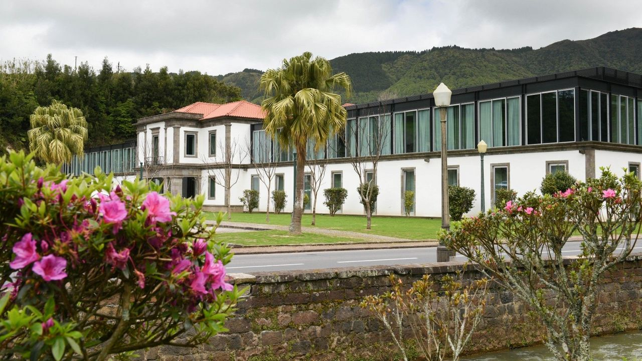 Дизайн-отели в Португалии  Вдохновение природой: лучшие дизайн-отели в Португалии furnas boutique hotel gallerydsc 0726 1 large