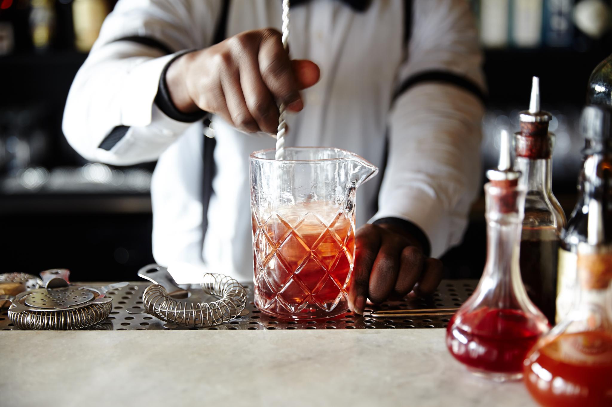 Soho House Soho House Soho House – концепция дизайнерских мини бутик-отелей SHNY Iced Tea Mix