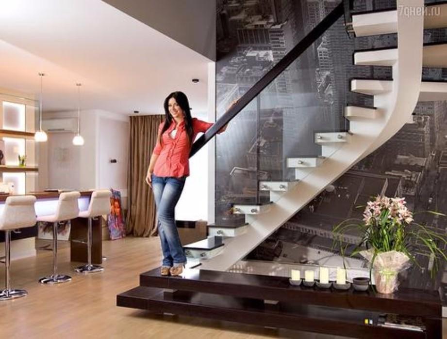 Ани Лорак | певица | дом | интерьер | дизайнгостиной | идеидлягостиной| дизайнкомнаты | современныйдиван  Где живёт Ани Лорак - интерьер звезды 8 4f4a3fe5295fa