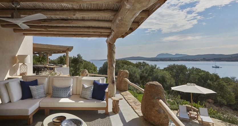 Вилла в Сардинии | Гармония интерьера и экстерьера Вилла в Сардинии Вилла в Сардинии | Гармония интерьера и экстерьера 835 3500 s335