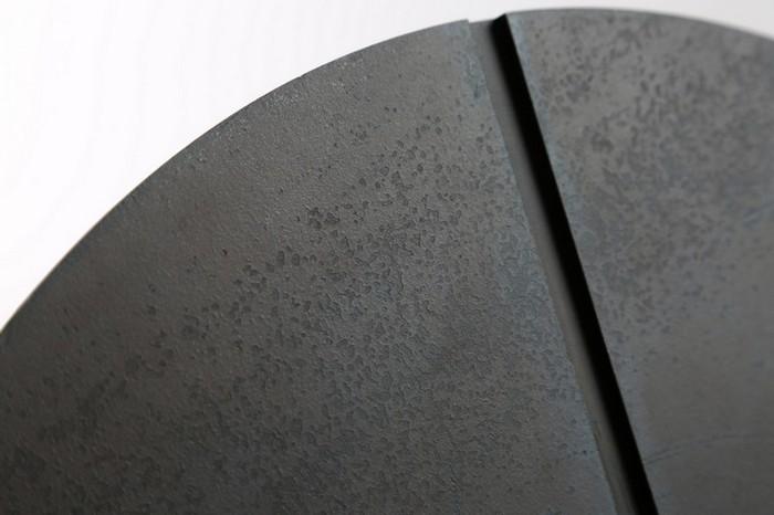 маленькие боковые столики маленькие боковые столики Миниатюрные боковые столики от Ричарда Ясмина Nail Shaped Side Tables by Richard Yasmine3