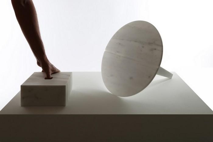 маленькие боковые столики Миниатюрные боковые столики от Ричарда Ясмина Nail Shaped Side Tables by Richard Yasmine6