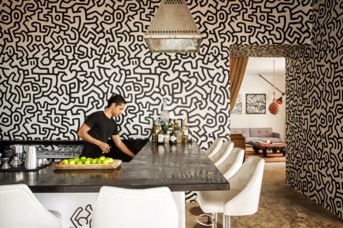 Совершите невероятный тур по Мексиканскому особняку Пабло Эскобара