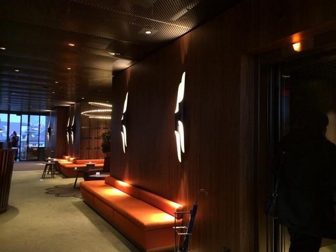 Декоративный свет в стиле MID-CENTURY это прекрасное дополнения к вашему интерьеру современный дизайн Декоративный свет в стиле MID-CENTURY это прекрасное дополнения к вашему интерьеру george bar grill project with retro lighting by delightfull