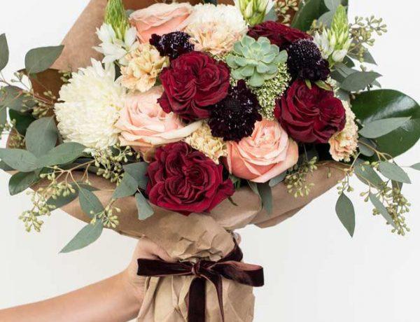 Что подарить девушке на 8 марта: идеи оригинальных подарков