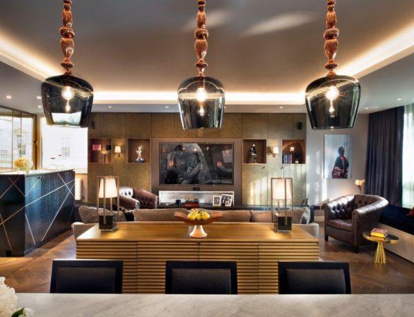 Красивые апартаменты от EtchDesignGroup, украшенные вместе с BRABBU