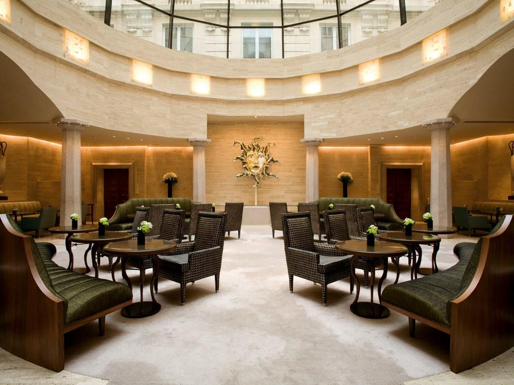 Топ 5 роскошных отелей для посетителей iSaloni 2018