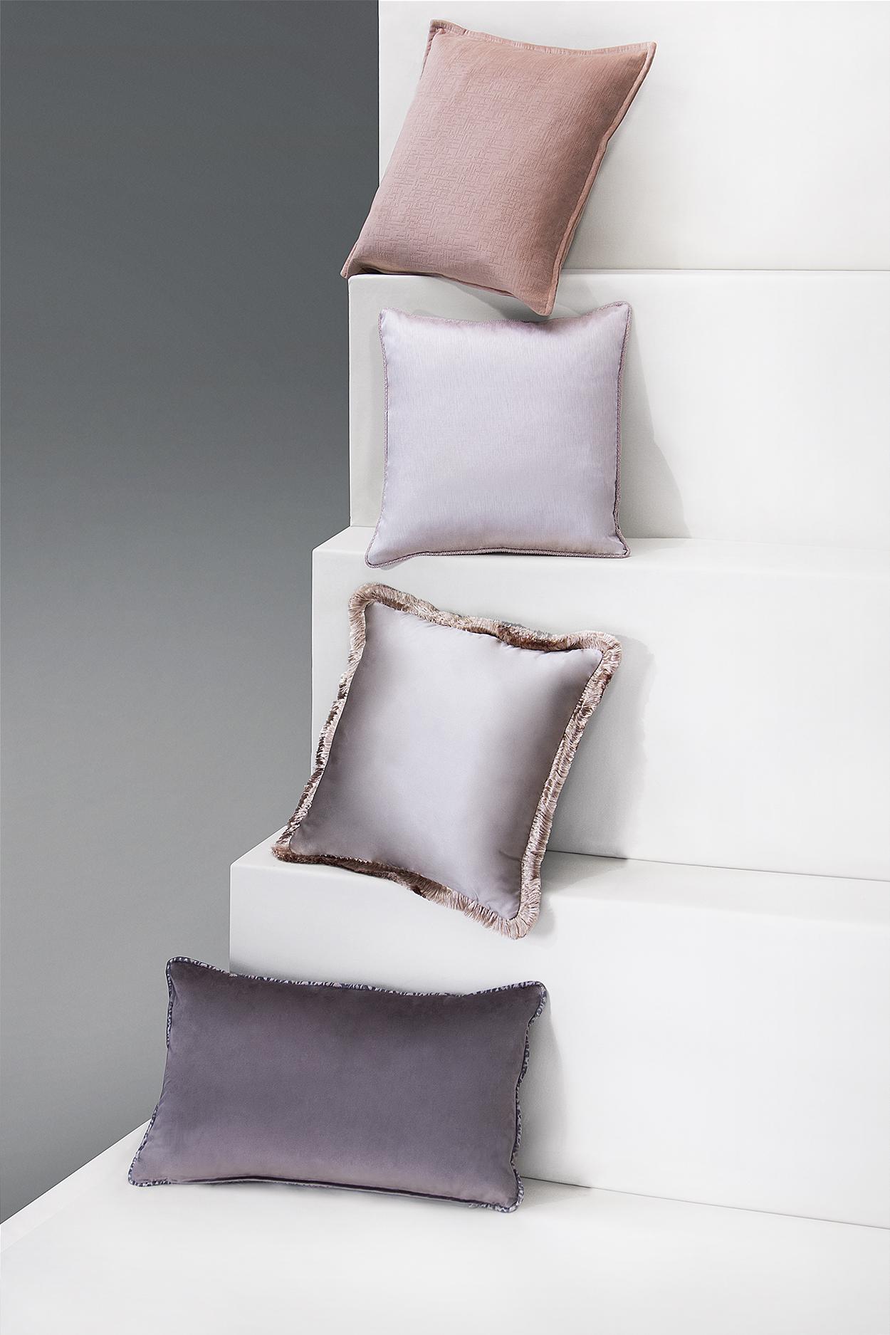 Весенние цветовые тенденции: 5 советов по дизайну интерьера цветовые тенденции Весенние цветовые тенденции: советы по дизайну интерьера BRABBUs Essential Pillows 2