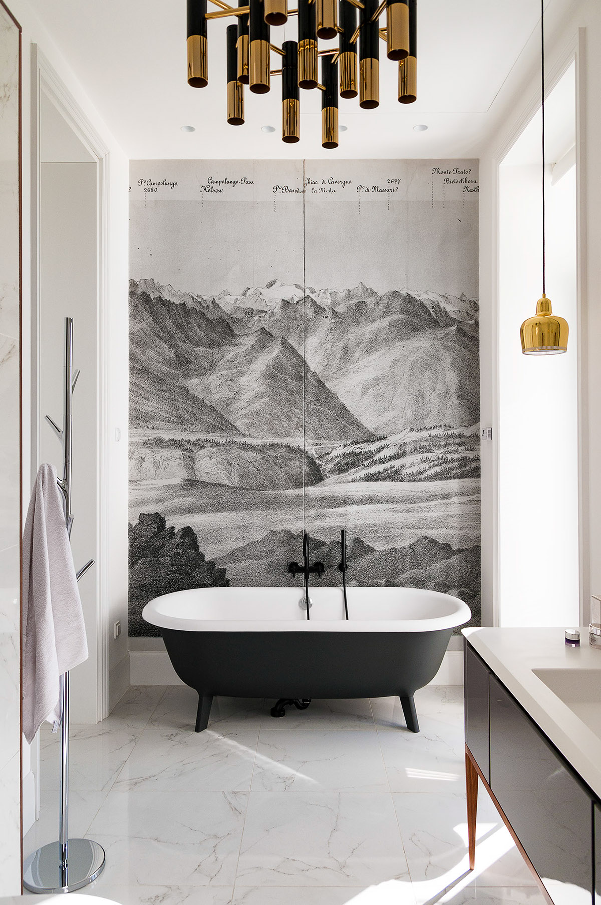 Дизайн интерьера квартиры от русско-канадского дизайнера Alena Makagon