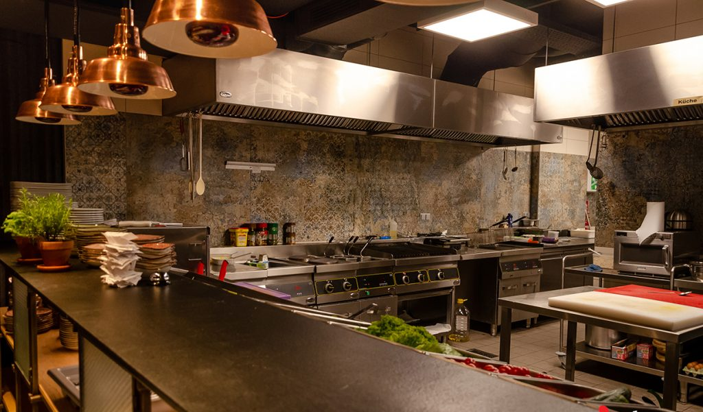 Проект: бистро шеф-повара Йонка Сирмена в Вене, Австрия