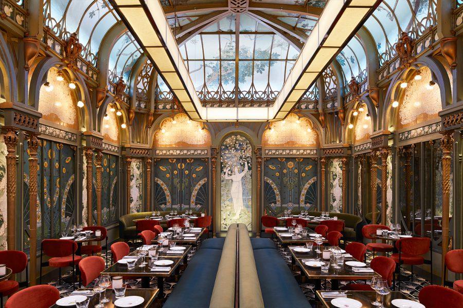 Топ-10 модных ресторанов в Париже Париже Ресторан мечты: Топ-10 модных мест в Париже 900x600 0xac120002 203871631547643497