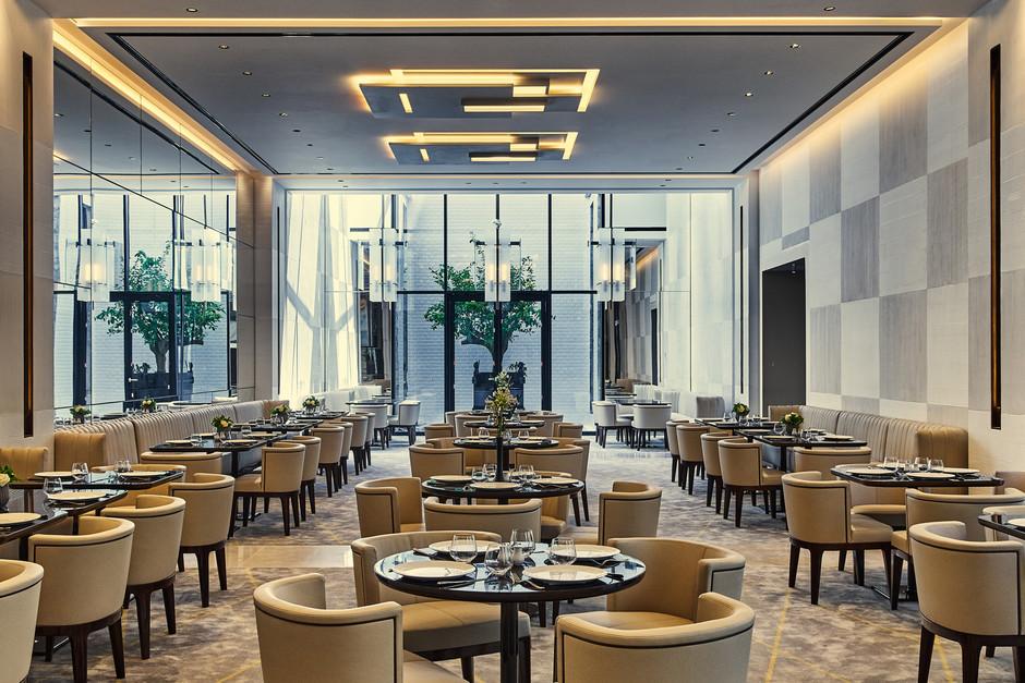 Топ-10 модных ресторанов в Париже Париже Ресторан мечты: Топ-10 модных мест в Париже 940x627 1 c5d0fb6408e9cf95f156d6db73c67b71 1880x1253 0xac120002 13863679561547649280
